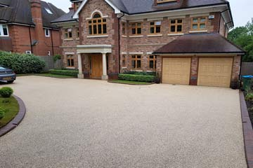 After Pressure Tech cleaned the driveway in Kippington, Sevenoaks, Kent TN13