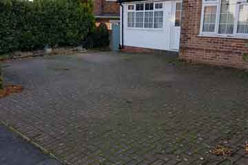 Before Pressure Tech pressure washed and sanded the driveway in Pembury, Kent TN2
